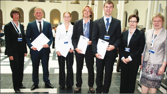Dissertationspreis 2012 (v.l.n.r.): Prof. Dr. Brigitte Werners, Dr. Guido Voigt, Dr. Marie Schmidt, Dr. Thomas Schlechte, Dr. Tobias Buer, Liesbeth Van Vreckem, Prof. Dr. Leena Suhl