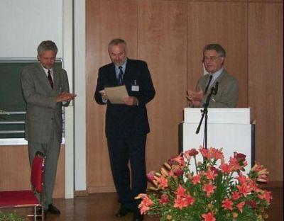 Prof. Dr. Martin Grötschel (Mitte) bei der Preisverleihung