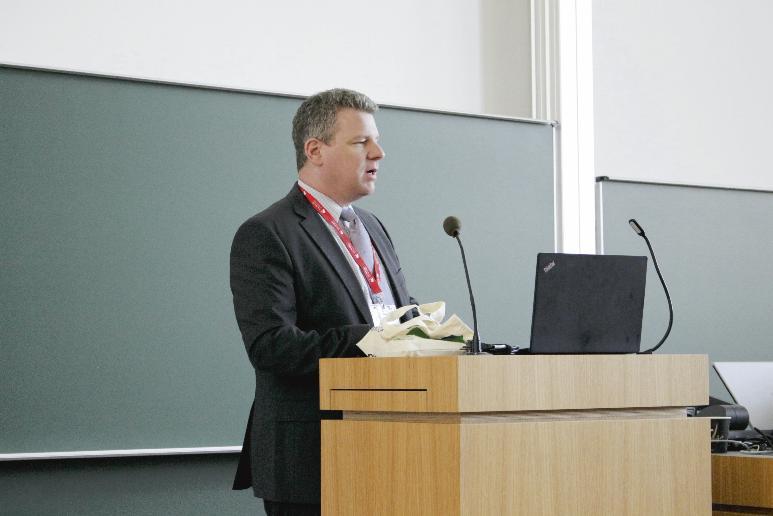 Prof. Dr. Jörn Schönberger